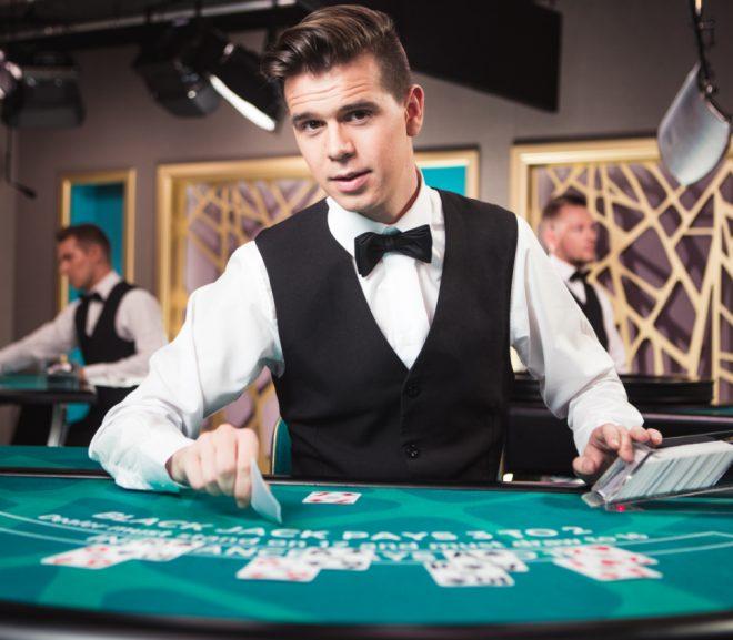 Manfaat Bermain Poker Online Untuk Anda
